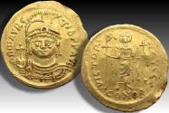 AV gold solidus Maurice Tiberius, Constantinople mint 582-602 A.D. - officina letter S - struck on a big flan -