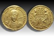 AV gold solidus Constantius II, Rome mint 355-357 A.D. - RMSE in exergue, Roma and Constantinopolis on reverse -