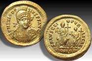 Gold solidus Theodosius II, Constantinople mint AD 426-429 - Theodosius II enthroned and Valentinian III standing