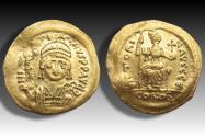 AV gold solidus Justin II, Constantinople mint 565-578 A.D. - officina Є -