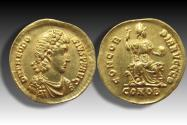AV gold solidus Theodosius I The Great, Constantinople mint 383-388 A.D. - CONOB in exergue, officina Θ (9th)