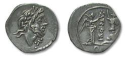 Ancient Coins - AR quinarius T. Cloelius / Cloulius, Rome 98 B.C.