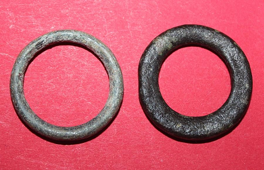 Ancient Coins - Lot comprising 2 Celtic ring Proto money - 8-5.Cent. BC