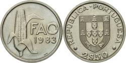 World Coins - Coin, Portugal, 2-1/2 Escudos, 1983, , Copper-nickel, KM:617