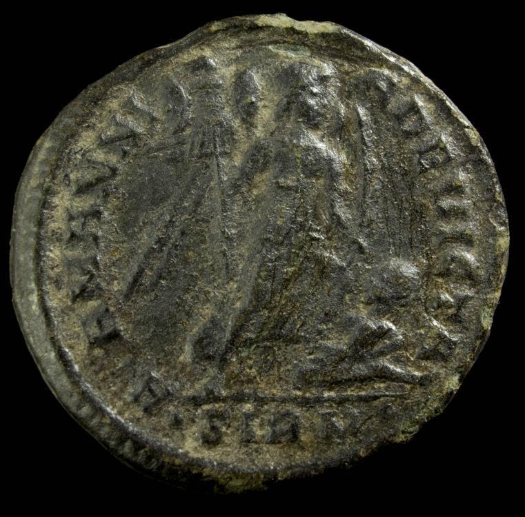 Ancient Coins - Constantine II - ALAMANNIA DEVICTA, Sirmium - 19 mm / 2.93 gr.