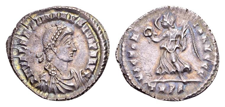 Ancient Coins - Valentinian II AD 375-392, AR Siliqua (19mm, 2,20 g) Trier 375-378