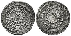 World Coins - AL-MU´IZZ. (Fatimids). 1/2 Dirham. AH 359. Al-Mansuriya mint.