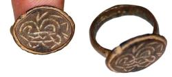Ancient Coins - Late Roman-byzantine bronze ring with decorations