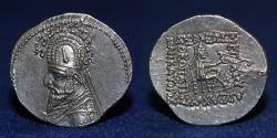 Ancient Coins - PARTHIAN EMPIRE Sinatruces. 93-70 BC. Silver Drachm, Rhagai mint. 4.23g. 21mm. EF
