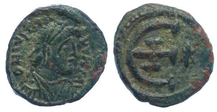 Ancient Coins - Byzantine. Justinian I. ca. AD 527-565. Bronze Pentanummium.