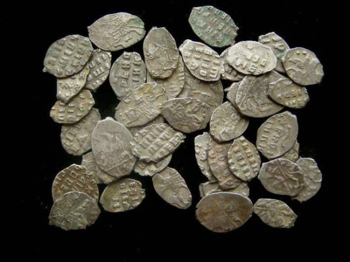 Ancient Coins - Russia, wire money.  Most are late 17th century Peter the Great.