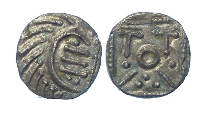 Ancient Coins - Britain, Anglo-Saxon, ca. AD 695 to 740. Continental type sceattas used in Britain.