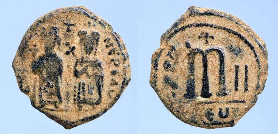 Ancient Coins - Phocas. 602-610. Æ Follis (25mm, 11,31 g). Theoupolis (Antioch) mint. Dated (603/4)