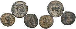 World Coins - ROMAN EMPIRE. Lot consisting of 3 small bronzes of different emperors of the Roman Empire. TO EXAMINE.