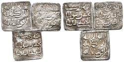 World Coins - HISPANIC ARABIC. Lot consisting of 3 Almohad Dirhams. Two of them with Kufic writing. V-2088; Hazard 1101. Ar. Almost Fine/ Very Fine. TO EXAMINE.