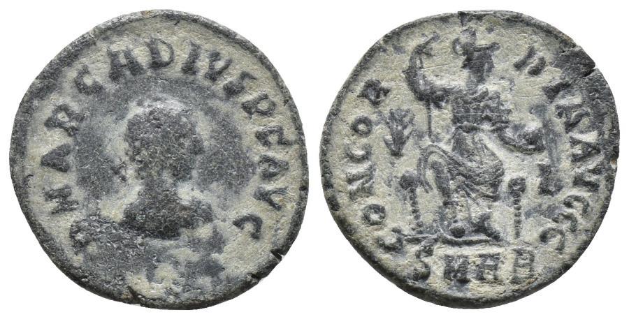 Ancient Coins - ARCADIUS  .  Kyzikos. AD  383-408 Ae 2gr, 18.4mm