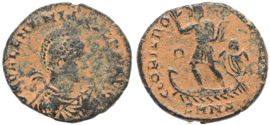 Ancient Coins - Roman coin of Valentinian II - GLORIA ROMANORVM - Nicomedia