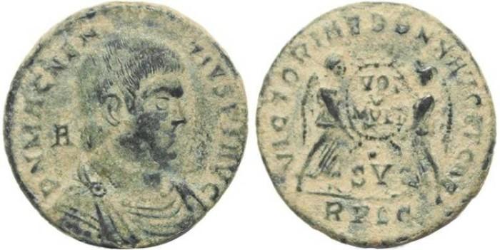 Ancient Coins - Magnentius AE Centenionalis - VICTORIAE DD NN AVG ET CAES - VOT V MVLT X