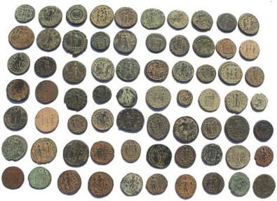 Ancient Coins - Lot of 70 Ancient Roman coins - levantine patina