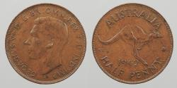 World Coins - AUSTRALIA: 1942-I Bombay mint. Narrow date. Half Penny