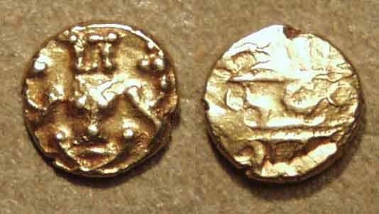 "World Coins - INDIA, KINGDOM OF MYSORE, Krishna Raja Wodeyar (1799-1868): Gold ""Kanthirava"" fanam with visible lion's face. CHOICE!"