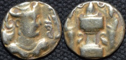 Ancient Coins - INDIA, SASANO-HUNNIC, Anonymous Gold dinar of the Varhran V type, Sind, 5th century. VERY RARE and CHOICE!