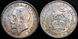 World Coins - 1925 Great Britain 6 Pence - George V - UNC