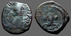 Ancient Coins - Justin I AE19 Decanummium.  I w. cross and stars.  Constantinople