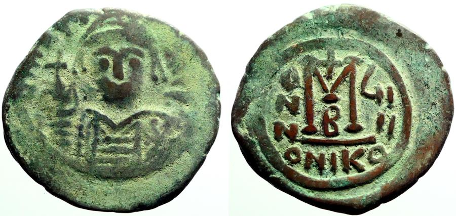 Ancient Coins - Maurice Tiberius AE29 Follis.  year 8. Nikomedia