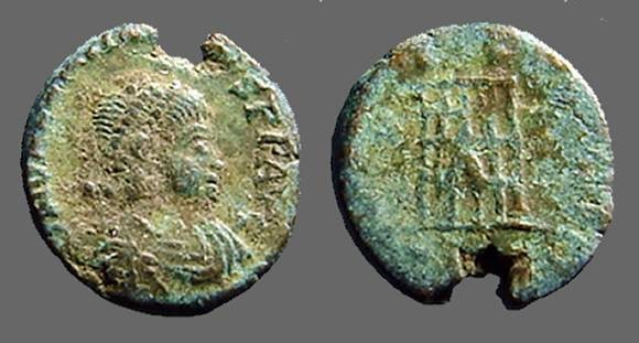 Ancient Coins - Valentinian II AE4 Nummus.  Campgate, Thessalonica.