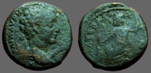 Commodus AE21 Zeus seated left w. thunderbolt & scepter, Cyrrus, Syria