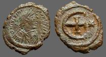 Ancient Coins - Justinian I AE Pentanummium, E, cross at center