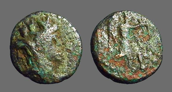 Ancient Coins - Phoenicia AE12  Veiled Tyche rt / Winged Victory adv rt.