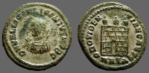 Licinius I silvered AE3 Small Bust left w. mappa & scepter / Campgate.