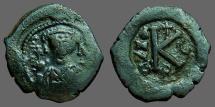 Maurice Tiberius AE22 1/2 Follis.  facing bust w. globus cruciger / K. year 5
