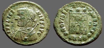 Licinius I silvered AE3 Bust left w. mappa & scepter / Campgate.