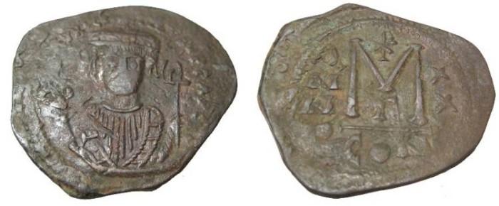 Ancient Coins - Maurice Tiberius 582-602AD Constantioplle AE Follis S-496