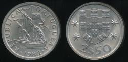 World Coins - Portugal, Republic, 1982 2-1/2 Escudos - Uncirculated