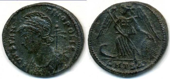Ancient Coins - CONSTANTINOPLE Commemorative, AE-3, AD 330-335, Thessalonica mint, (20mm, 2.76 gm) - RIC 188
