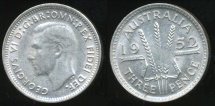 World Coins - Australia, 1952 Threepence, 3d, George VI (Silver) - almost Uncirculated