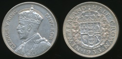 World Coins - New Zealand, 1933 1/2 Crown, George V (Silver) - almost Uncirculated