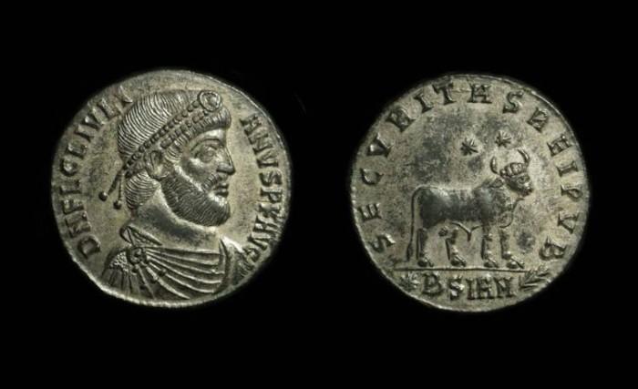 Ancient Coins - Julian II, AD 360-363. Æ 27mm (8.94g).