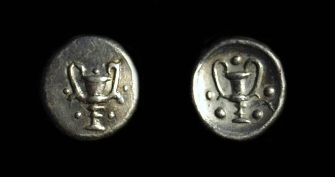 Ancient Coins - CALABRIA, Taras. AR Obol (0.47g), c. 325-280 BC.