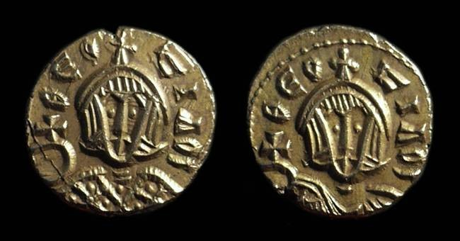 Ancient Coins - THEOPHILUS, AD 829-842. Gold Semissis (1.71g).