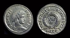 Ancient Coins - Crispus Caesar, AD 316-326. Æ Follis (3.53g). Lugdunum mint.