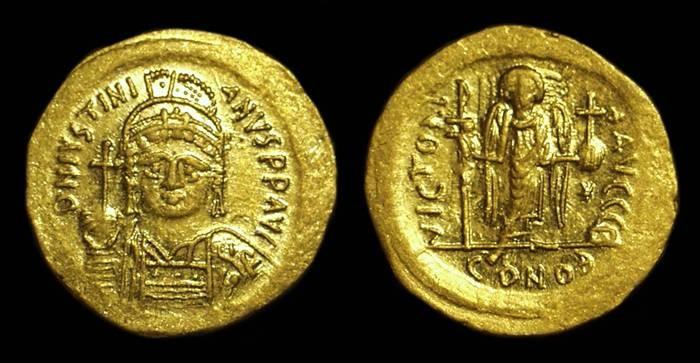 Ancient Coins - JUSTINIAN I, AD 527-565. AV Solidus (4.46g).