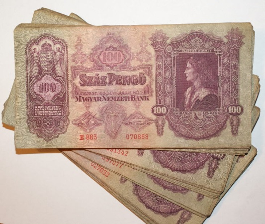 Ancient Coins - Hungary Bundle of 100 Pengo 1930 Notes