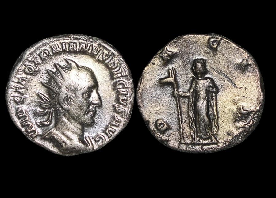 Ancient Coins - Roman Imperial, Trajan Decius (249-251 CE), Silver Antoninianus, DACIA, VF, a lot of (1) coin