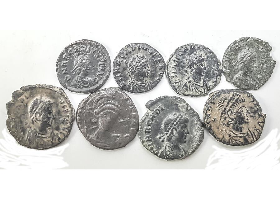 Ancient Coins - Lot of 8 AE4 Arcadius, about XF Condition