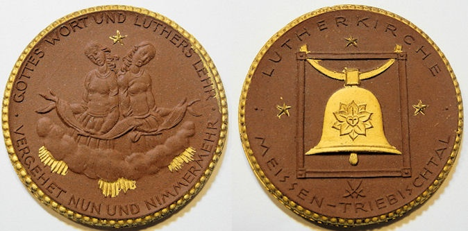 World Coins - German gold gilded brown porcelain medal - Lutherkirche, 1922